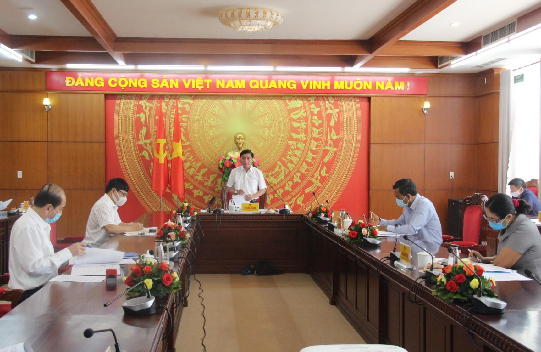 Kết luận của Ban Thường về vụ tiếp tục triển khai các biện pháp phòng, chống dịch bệnh COVID-19 trên địa bàn tỉnh trong tình hình mới