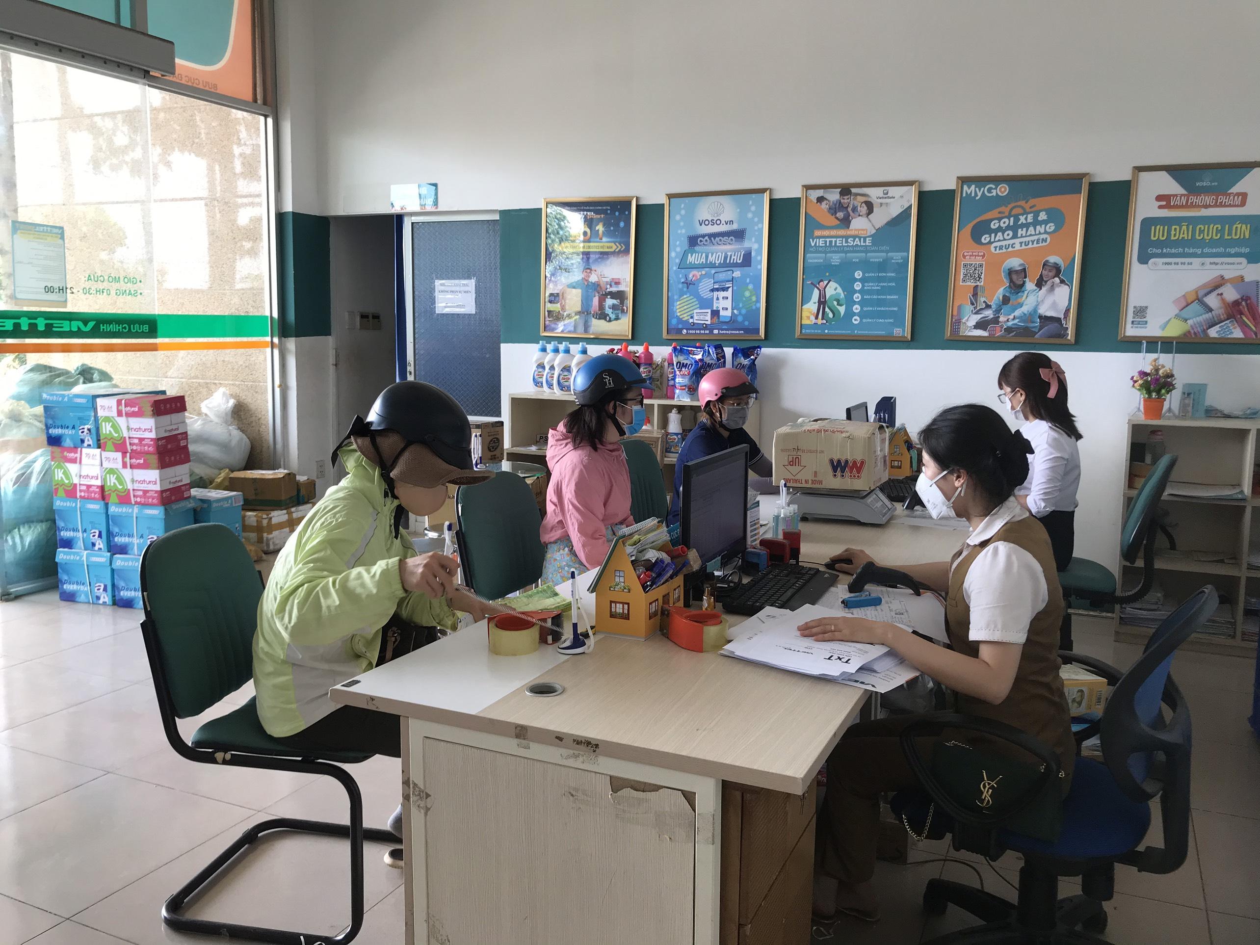 Viettel Post Đắk Lắk: Tăng cường các chính sách hỗ trợ khách hàng trong mùa dịch