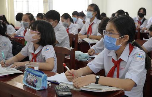 Học sinh khối lớp 9, khối THPT và giáo dục thường xuyên (cấp THPT) đi học trở lại từ ngày 27/4