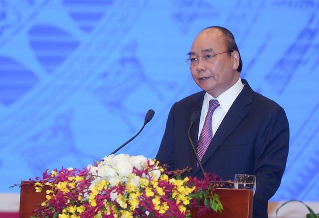 Thủ tướng Chính phủ đối thoại trực tiếp với doanh nghiệp cả nước