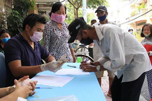 Quyết định về việc phê duyệt danh sách hỗ trợ đối tượng bảo trợ xã hội đang hưởng trợ cấp xã hội hàng tháng gặp khó khăn do đại dịch Covid-19 của huyện M'Drắk tỉnh Đắk Lắk.