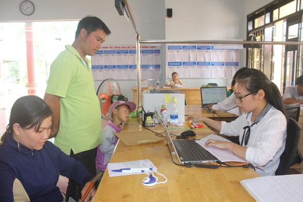 Huyện Krông Năng đẩy mạnh thi hành Luật giao dịch điện tử