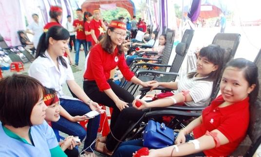 Triển khai kết quả công tác vận động hiến máu tình nguyện toàn quốc năm 2015 và phương hướng nhiệm vụ năm 2016