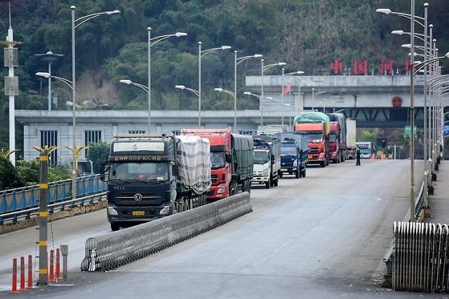 Xuất, nhập khẩu hàng hóa qua cửa khẩu biên giới Việt - Trung