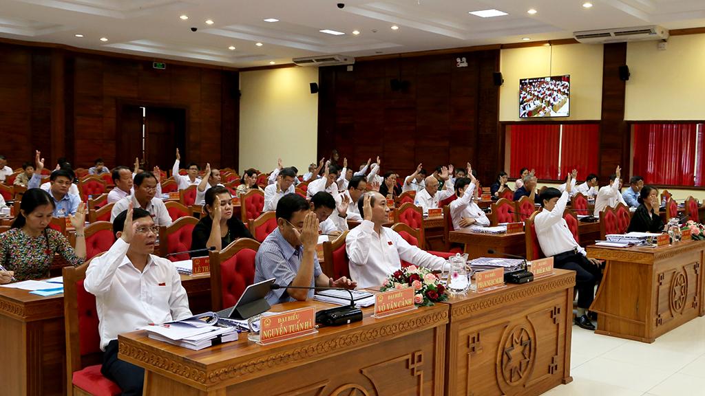 Bế mạc Kỳ họp Bất thường HĐND tỉnh khóa IX, nhiệm kỳ 2016 – 2021