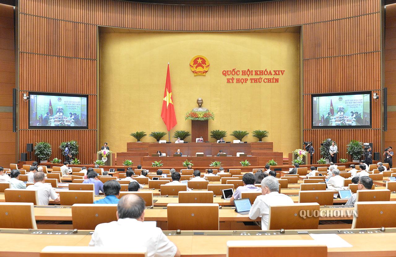 Quốc hội thảo luận, giải trình, tiếp thu các dự án luật