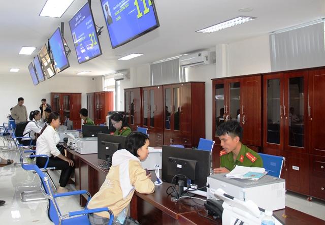 Huyện Krông Pắk tổ chức tập huấn ứng dụng công nghệ thông tin trong tiếp nhận, trả kết quả giải quyết thủ tục hành chính