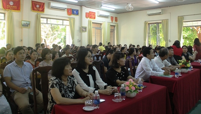 """Đắk Lắk tập huấn """"Kỹ năng chăm sóc trẻ bị rối loạn phổ tự kỷ"""" cho 100 gia đình trong toàn tỉnh"""