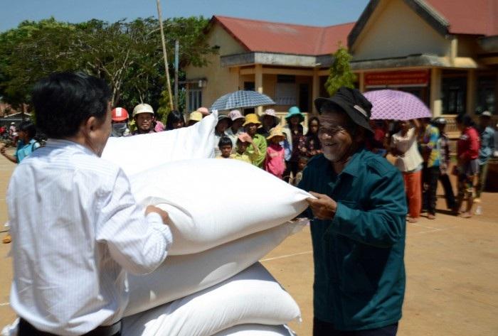 Đề nghị hỗ trợ gạo cứu đói dịp giáp hạt và hạn hán năm 2016
