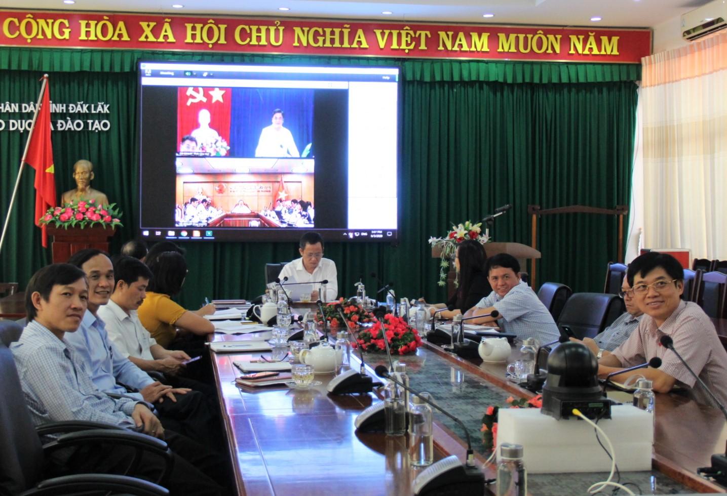 Bộ Giáo dục và Đào tạo đánh giá chất lượng dạy học qua internet và trên truyền hình