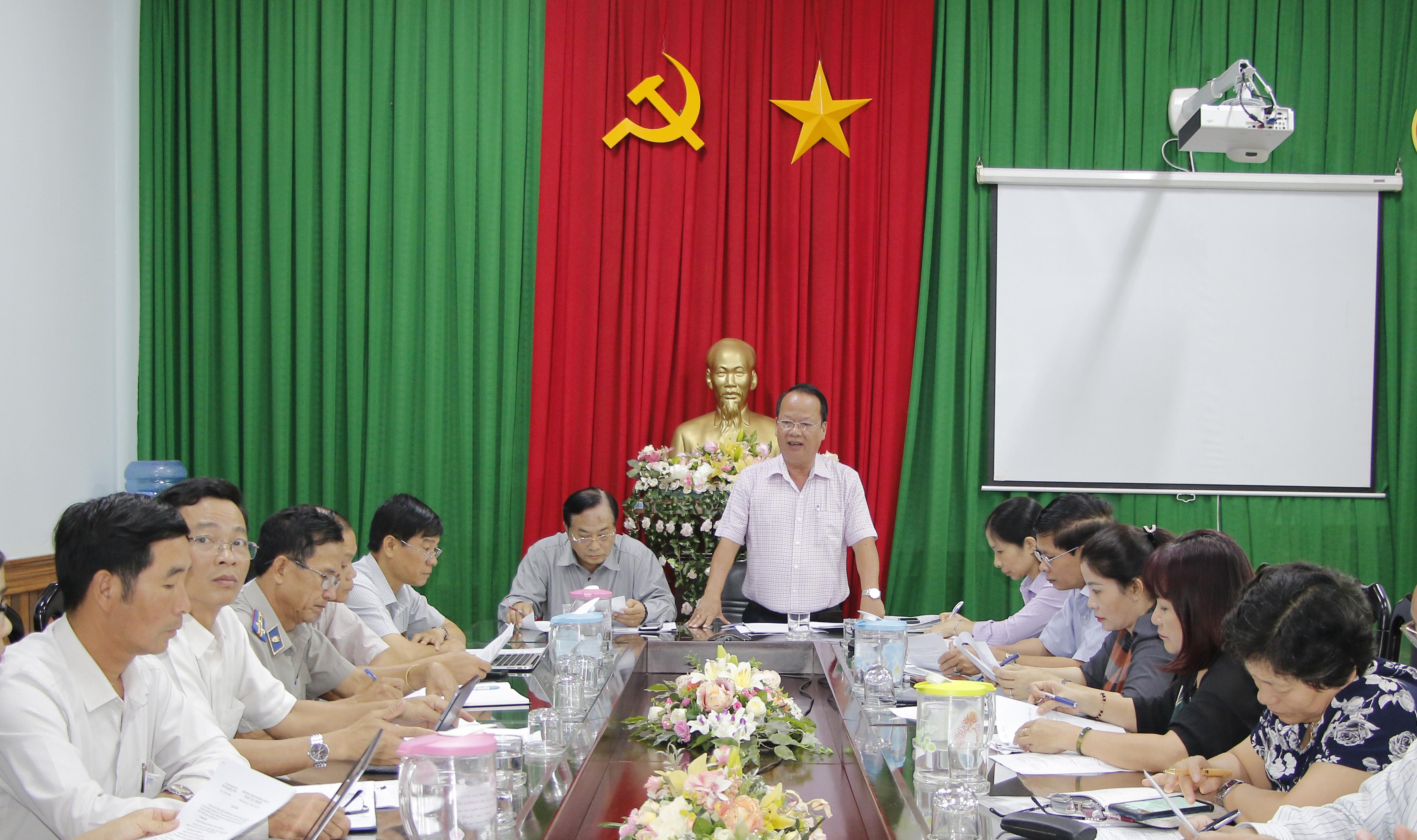 Ban Pháp chế HĐND tỉnh giám sát tại UBND huyện Krông Năng