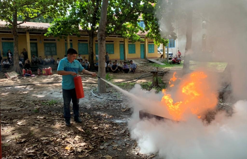 Huấn luyện, bồi dưỡng nghiệp vụ phòng cháy chữa cháy và cứu nạn cứu hộ