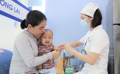Một bệnh nhân bạch hầu đang điều trị tại Bệnh viện đa khoa vùng Tây Nguyên có diễn biến nặng