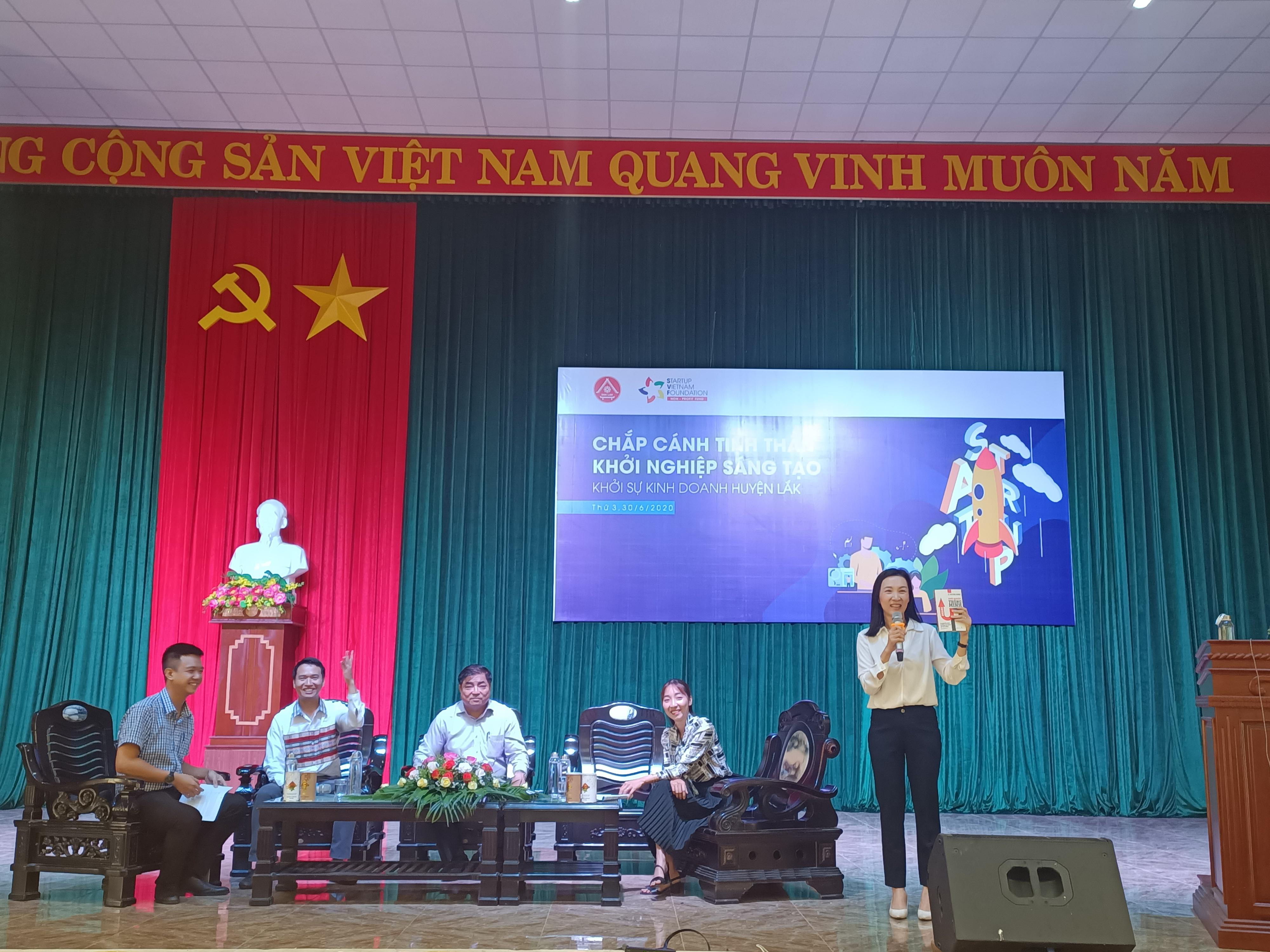 """Hội thảo """"Chắp cánh tinh thần khởi nghiệp sáng tạo"""" huyện Lắk năm 2020"""