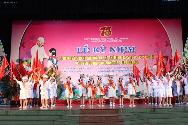 Kỷ niệm 75 năm Ngày thành lập Đội Thiếu niên tiền phong Hồ Chí Minh