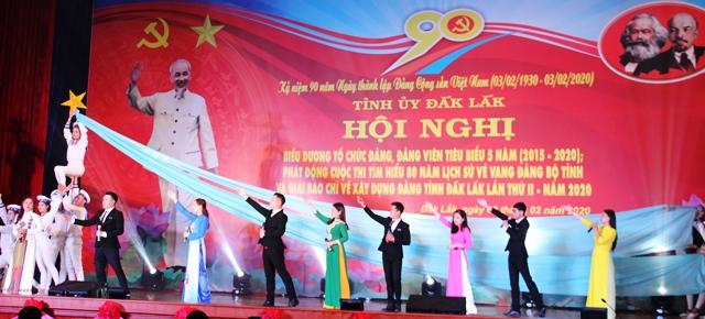 """Đắk Lắk tham gia thi tuyên truyền lưu động """"Vinh quang non sông Việt Nam"""""""