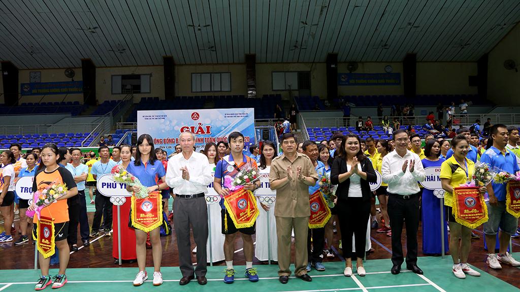 Khai mạc Giải Bóng bàn, Cầu lông gia đình toàn quốc 2020