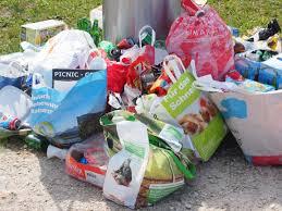 Phối hợp triển khai thu gom, vận chuyển và xử lý chất thải tại các khu cách ly tập trung