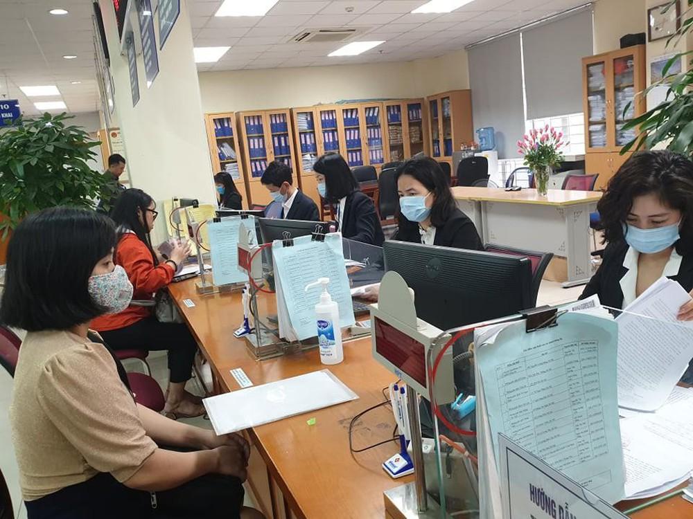 Bộ phận một cửa của Cục Thuế tỉnh và Chi cục Thuế thành phố Buôn Ma Thuột ngừng tiếp nhận hồ sơ thuế mức độ 1 và 2