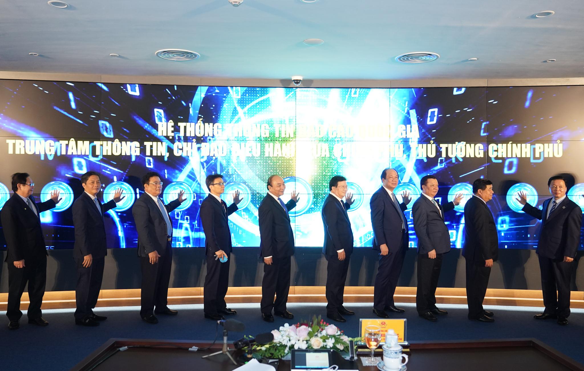 Khai trương Trung tâm Thông tin, chỉ đạo, điều hành của Chính phủ, Thủ tướng Chính phủ và Hệ thống Thông tin báo cáo quốc gia