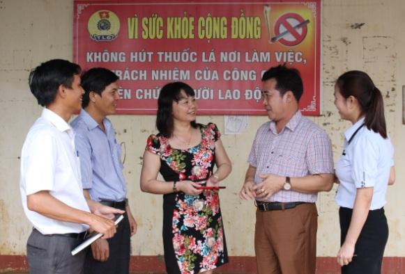 Chuyển biến từ học tập tới vận dụng, làm theo Bác trong đội ngũ công nhân, viên chức, lao động tỉnh Đắk Lắk.