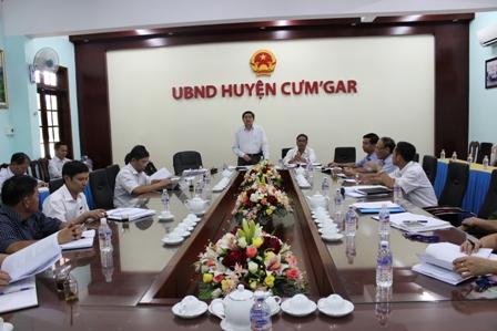 Kiểm tra công tác chuẩn bị bầu cử tại huyện Cư'Mgar