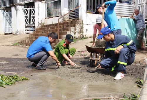 Thanh niên Buôn Ma Thuột chung tay xây dựng nông thôn mới và đô thị văn minh