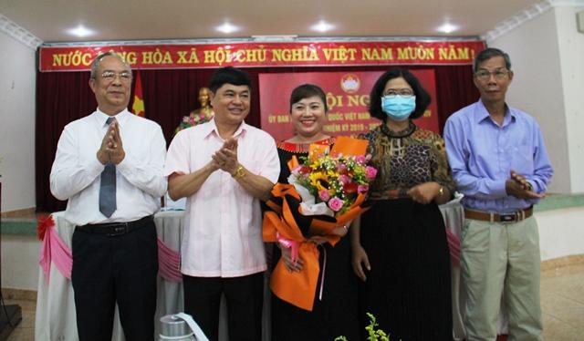 Hội nghị bất thường Ủy ban Mặt trận Tổ quốc Việt Nam tỉnh khóa XVI