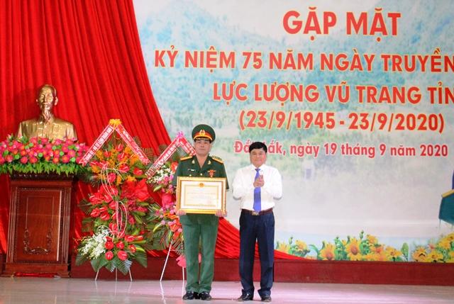 Gặp mặt kỷ niệm 75 năm Ngày truyền thống lực lượng vũ trang tỉnh Đắk Lắk