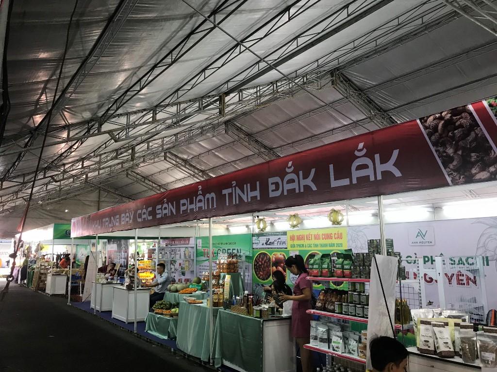 Đắk Lắk tham gia Hội nghị tổng kết chương trình hợp tác thương mại giai đoạn 2016 -2020 tại Thành phố Hồ Chí Minh
