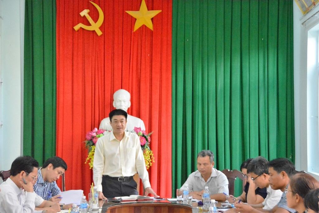 Đoàn công tác của Thành ủy Buôn Ma Thuột làm việc với Đảng ủy phường Ea Tam