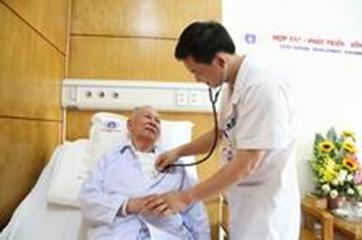 Không để người bệnh BHYT phải tự mua thuốc điều trị