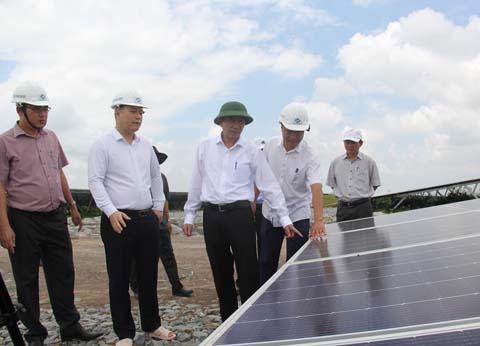 Đắk Lắk trình Thủ tướng Chính phủ bổ sung quy hoạch 19 dự án điện mặt trời và 41 dự án điện gió