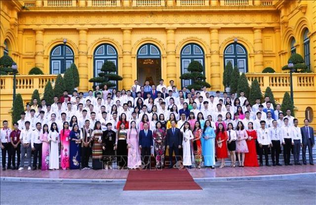Đắk Lắk có 3 sinh viên giáo dục nghề nghiệp xuất sắc, tiêu biểu được tuyên dương