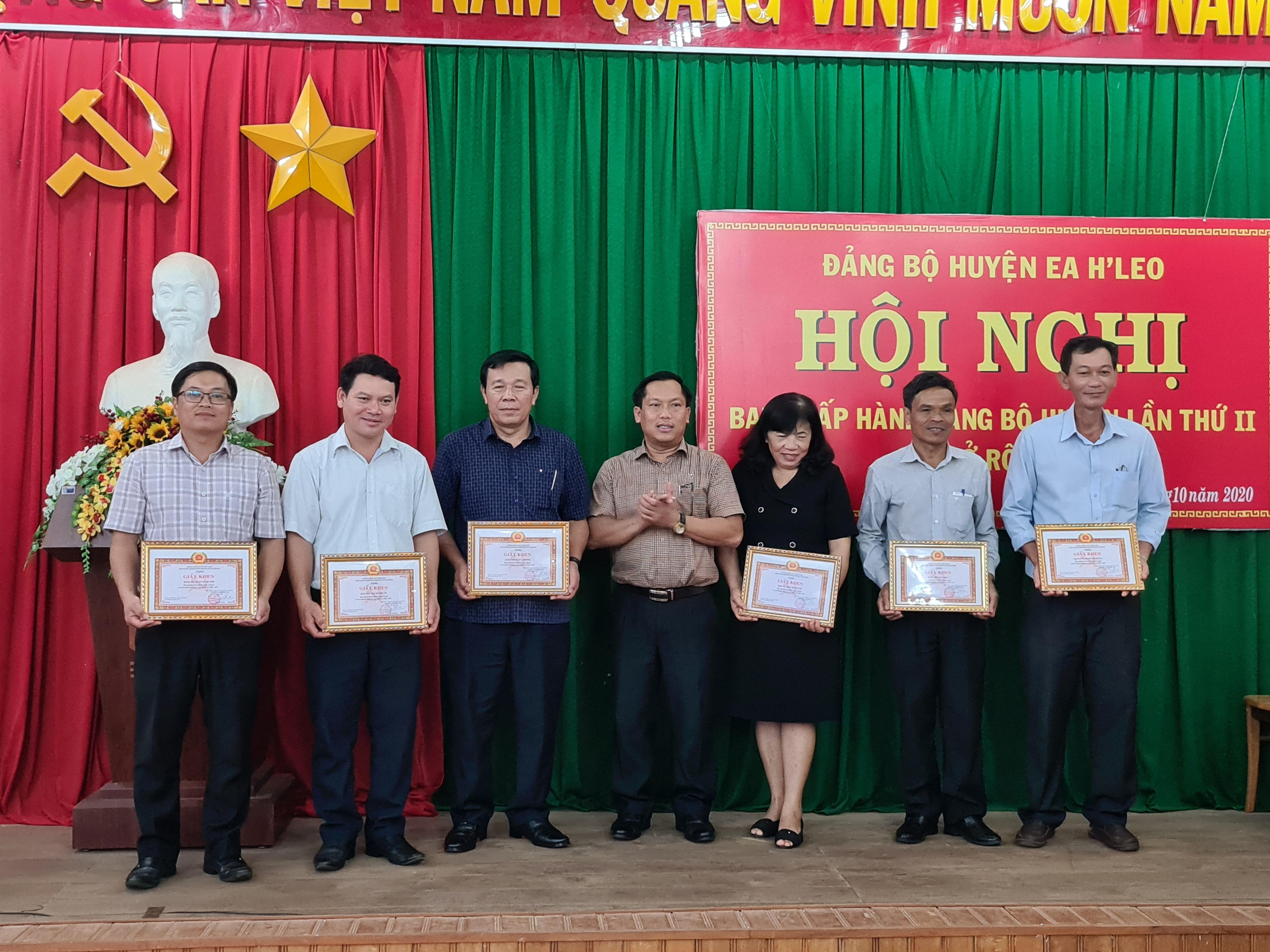Huyện ủy Ea H'Leo sơ kết công tác 9 tháng đầu năm 2020