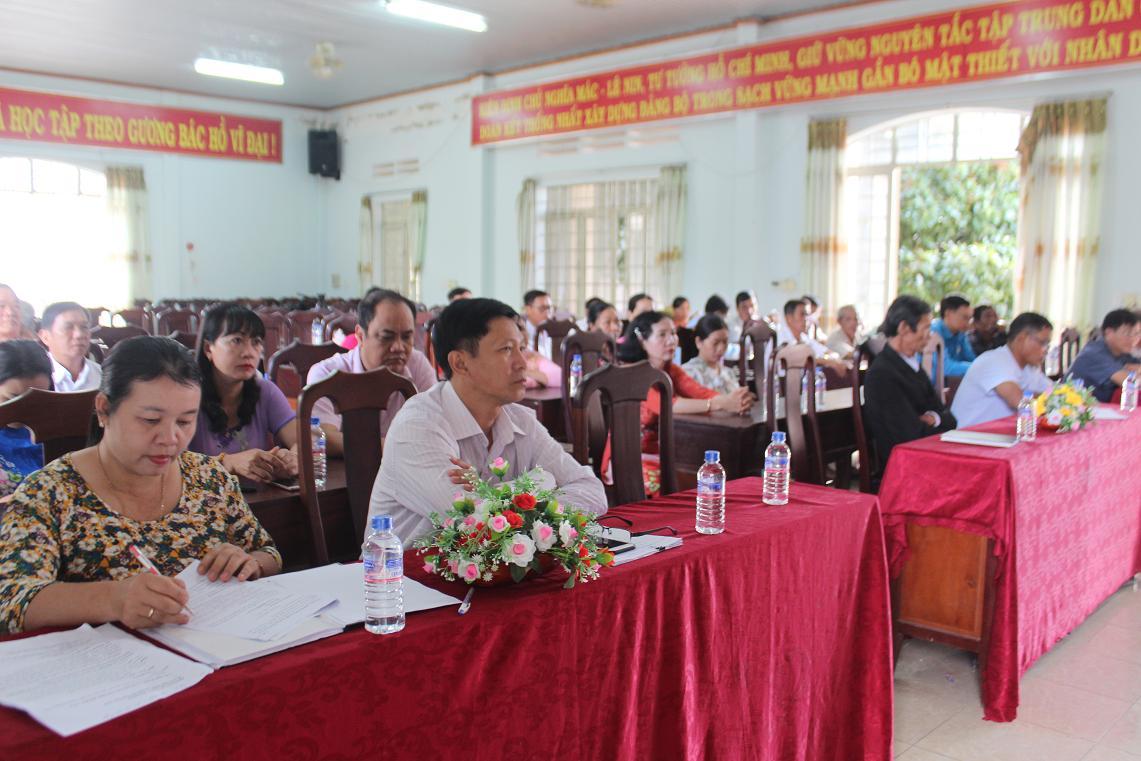 Buôn Đôn kỷ niệm 90 năm Ngày thành lập Hội Nông dân Việt Nam
