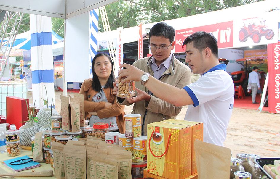 """Festival """"Sản phẩm vật tư nông nghiệp, thương mại toàn quốc năm 2020"""": Thêm cơ hội liên kết, hợp tác, phát triển bền vững"""