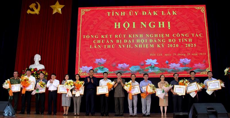Tổng kết, rút kinh nghiệm công tác tổ chức Đại hội đại biểu Đảng bộ tỉnh Đắk Lắk lần thứ XVII, nhiệm kỳ 2020-2025