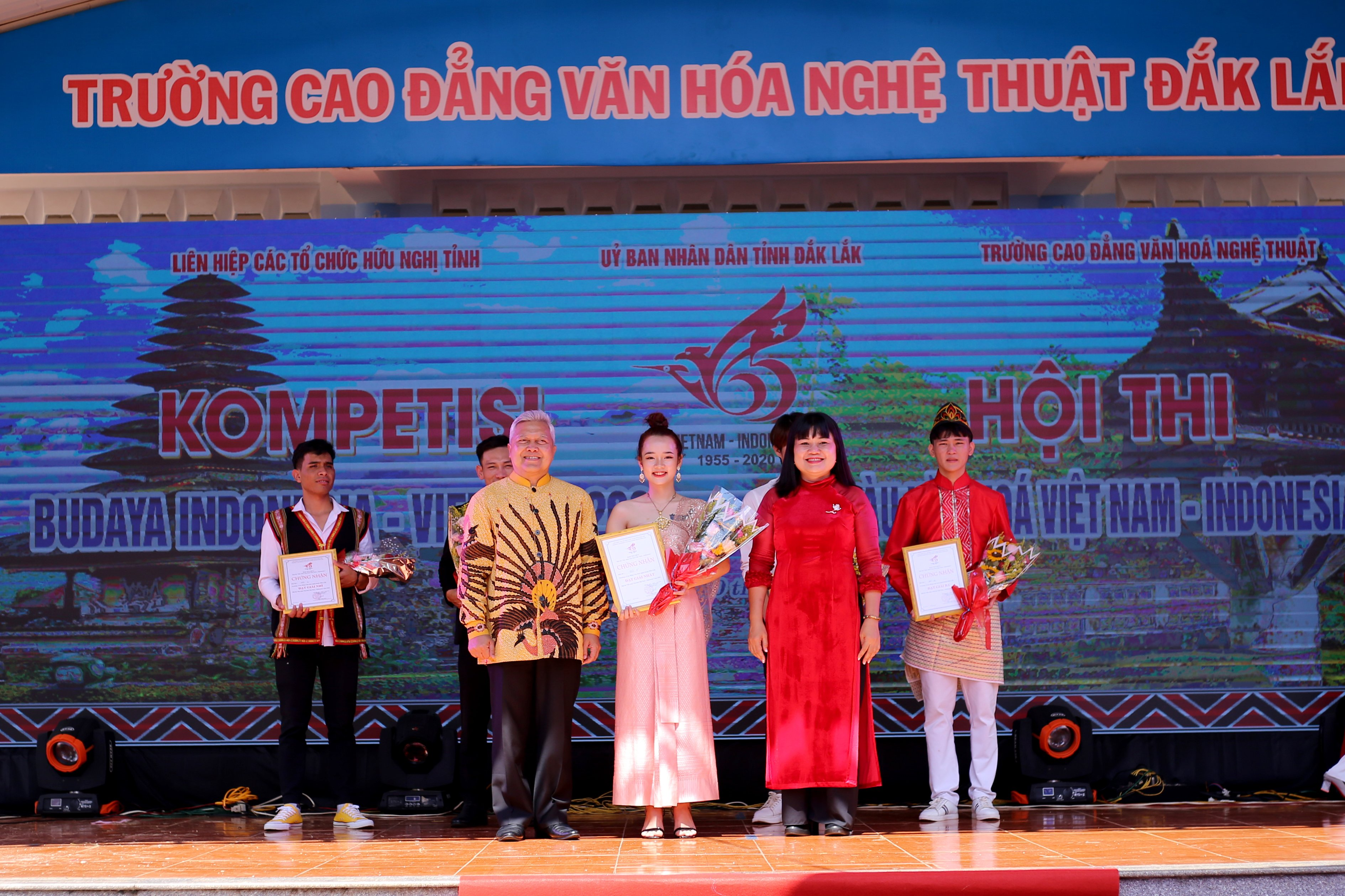 Hội thi sắc màu văn hóa Việt Nam – Indonesia năm 2020