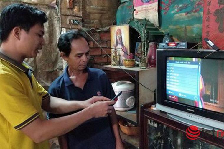 Phối hợp triển khai hỗ trợ đầu thu truyền hình số vệ tinh cho các hộ nghèo, hộ cận nghèo
