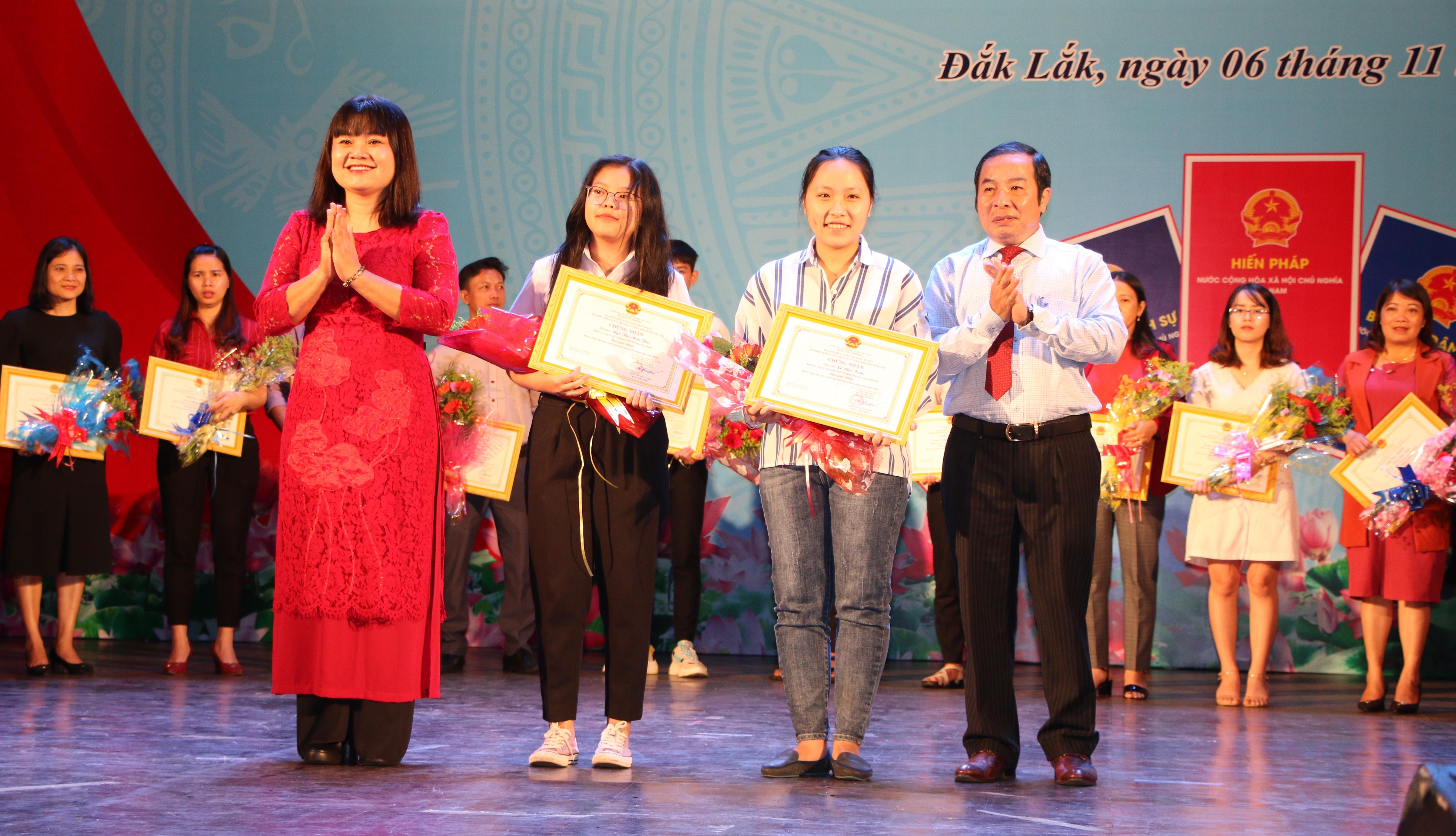 Lễ hưởng ứng Ngày Pháp luật Việt Nam 09/11 và tổng kết Cuôc thi trực tuyến  tìm hiểu pháp luật năm 2020
