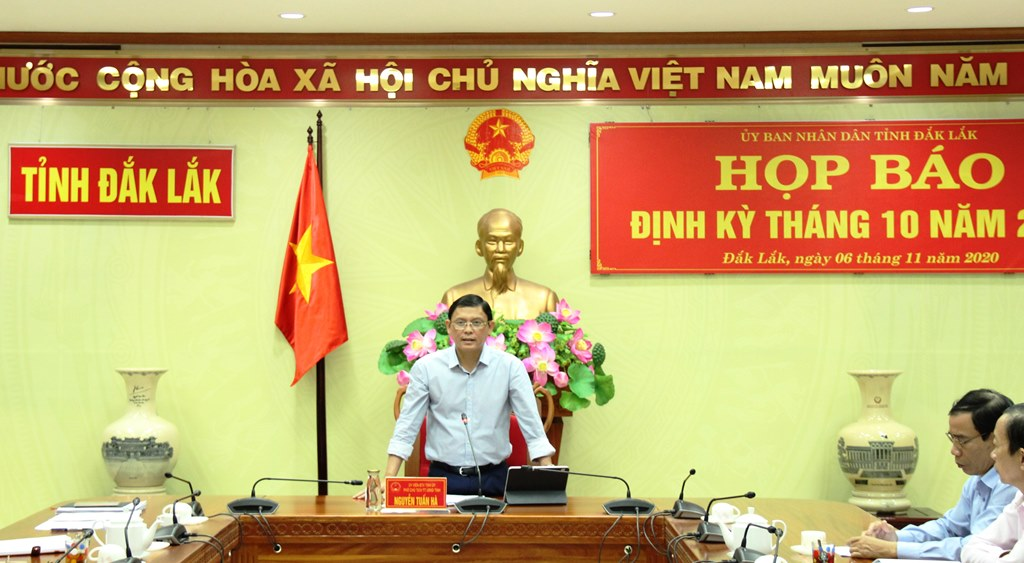 UBND tỉnh họp báo định kỳ tháng 10 năm 2020
