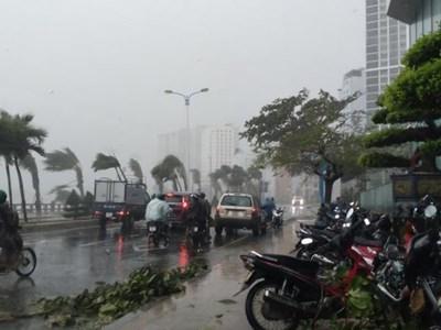 Công điện về việc tập trung ứng phó cơn bão số 12 (ETAU), cơn bão số 13 (VAMCO) có khả năng đi vào Biển Đông và mưa lũ trên địa bàn tỉnh Đắk Lắk
