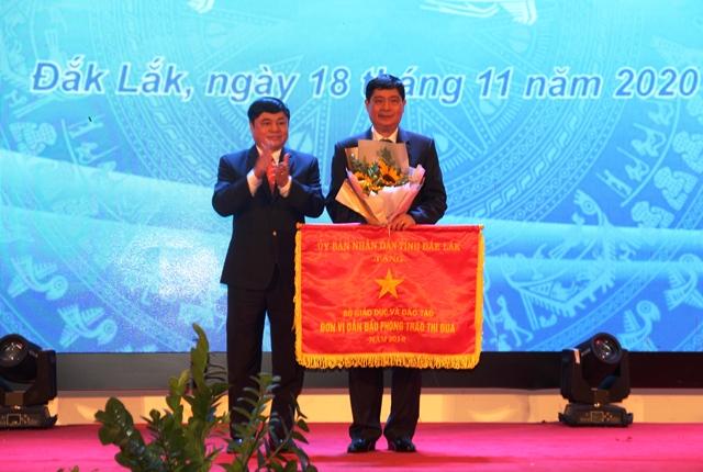 Đắk Lắk kỷ niệm 38 năm Ngày Nhà giáo Việt Nam (20/11/1982-20/11/2020)