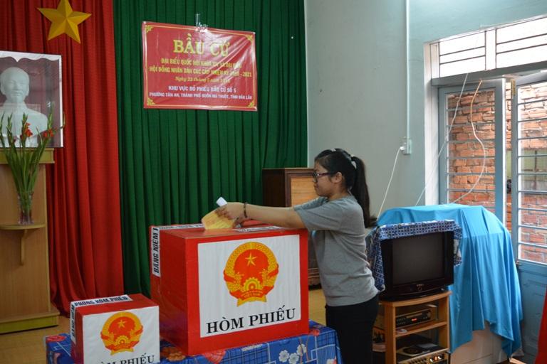99,90% cử tri toàn tỉnh tham gia bầu cử.