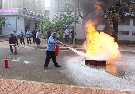 Huấn luyện PCCC và diễn tập phương án chữa cháy tại Công ty Bia Sài Gòn – Đắk Lắk