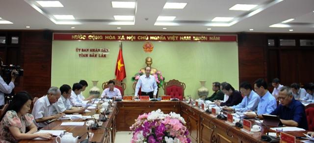 UBND tỉnh họp thông qua các nội dung trình Kỳ họp thứ 11, HĐND tỉnh khóa IX