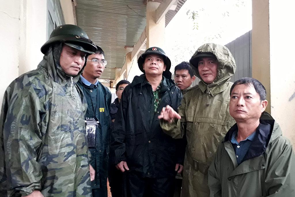 Huyện M'Drắk: Kiểm tra tình hình khắc phục ảnh hưởng của không khí lạnh trên địa bàn
