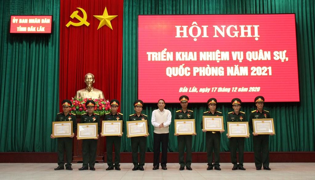 Hội nghị triển khai nhiệm vụ quân sự, quốc phòng năm 2021