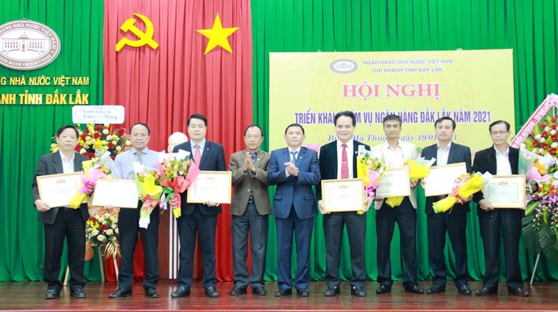 Ngành Ngân hàng Đắk Lắk triển khai nhiệm vụ năm 2021